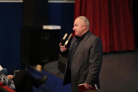 Николай Никодюк отвечает на вопросы жителей